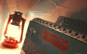 [ESCAS - Visite d'expo] - Accordéons & Souvenirs de voyages @ La Mézière - Médiathèque Les Mots Passants | La Mézière | Bretagne | France