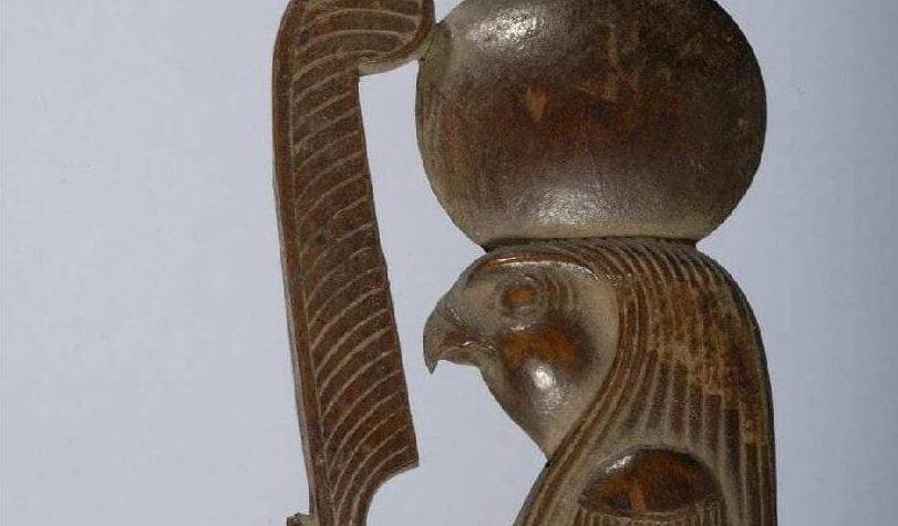 """[Egyptologie] - Les billets de Juliette_#6 - """"Une statuette du dieu égyptien Rê"""""""
